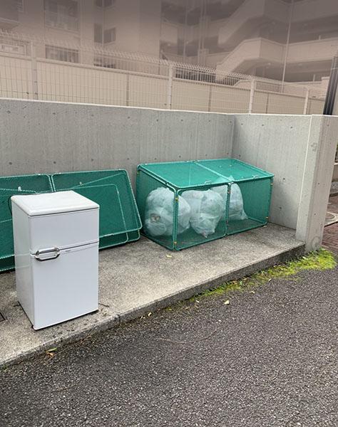 ゴミ収集場所-2